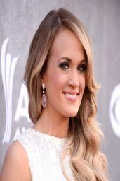 Carrie Underwood Wearing Oscar de la Renta Gown - 2014 Academy of Country Music Awards