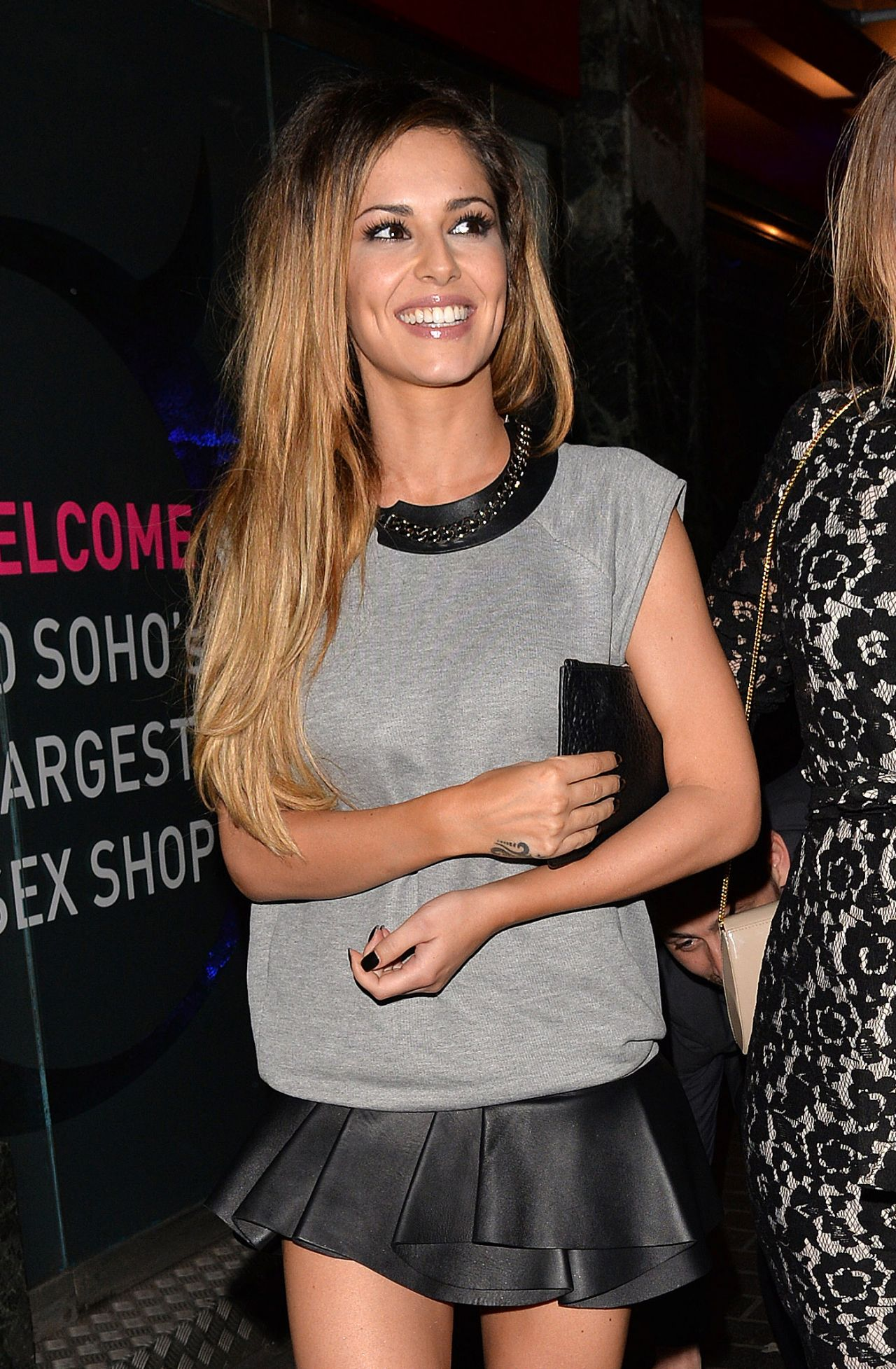 Cheryl Cole & Kimberley Walsh London Night out Style ...
