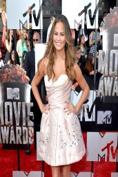 Chrissy Teigen in Ulyana Sergeenko Couture Cocktail Dress - 2014 MTV Movie Awards
