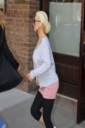 Christina Aguilera Street Style - Out in New York City - April 2014