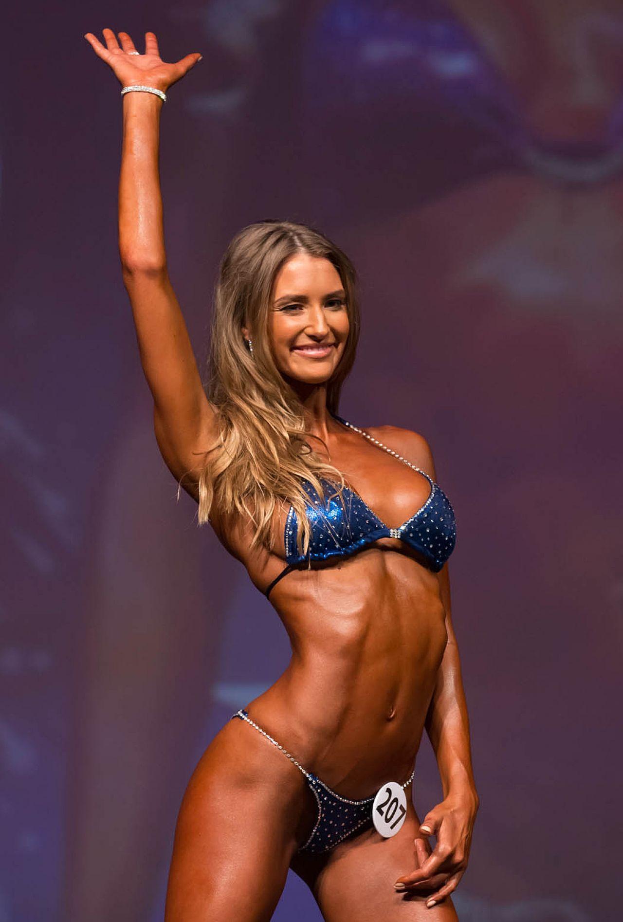 danica-thrall-2014-miami-pro-fitness-ms-bikini_10.jpg