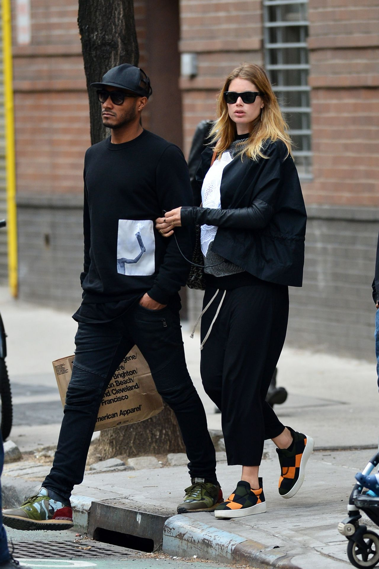 Doutzen Kroes Street Style Out In Soho In New York City April 2014