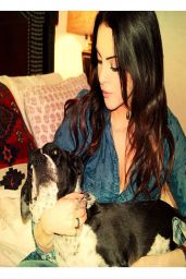 Elizabeth Gillies – Social Media Photos – March 2014 Collection