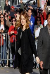 Emma Stone - Arriving at