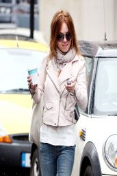Geri Halliwell Casual Style - Out in London - April 2014