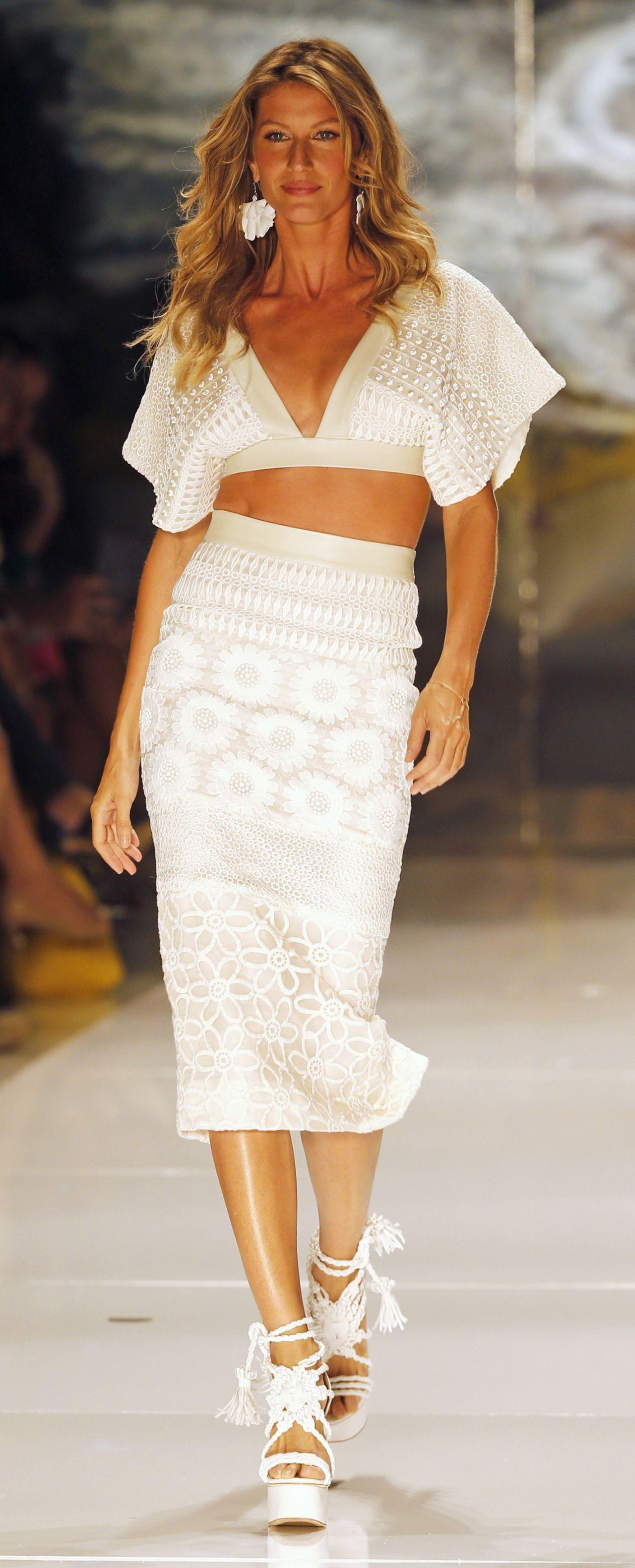 Gisele Bundchen Colcci Summer 2015 Fashion Show April 2014