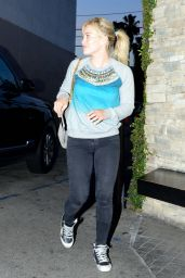 Hilary Duff Arriving to Casa Vega in Sherman Oaks - April 2014