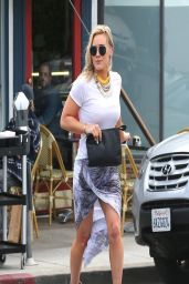 Hilary Duff Casual Style - at La Conversation Cafe in West Hollywood - April 2014