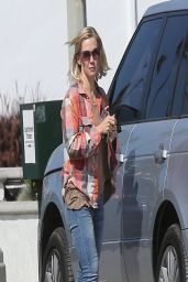 Jennie Garth - Booty in Jeans - Studio City - March 2014
