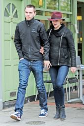 Jennifer Lawrence in Jeans - Out in London - April 2014