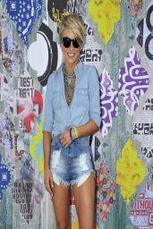 Julianne Hough in Denim Shorts - Old Navy Oasis at Coachella 2014