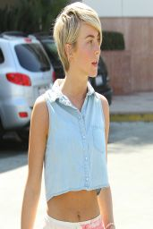 Julianne Hough Street Style - Out in Los Angeles - April 2014