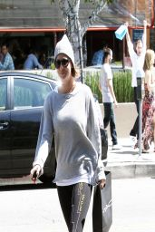 Kaley Cuoco in Leggings - After lunch at the Newsroom Cafe in West Hollywood
