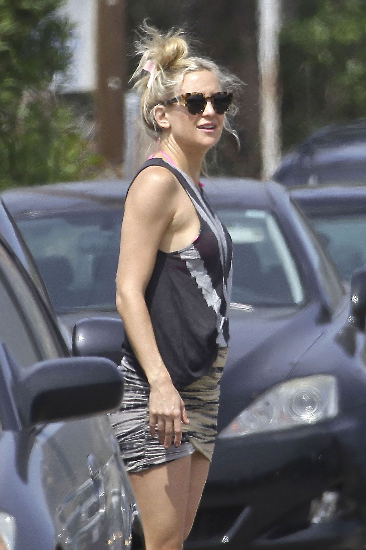 Kate Hudson Street Style - March 2014