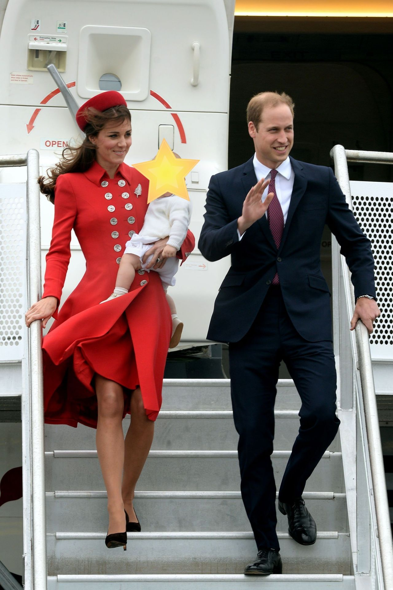 Kate Middleton Wearing Catherine Walker Airport Arrival