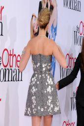 Kate Upton Wearing Dolce & Gabbana Frock –
