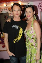 Katy Perry - Backstage at Hedwig and The Angry Inch on Broadway in New York City