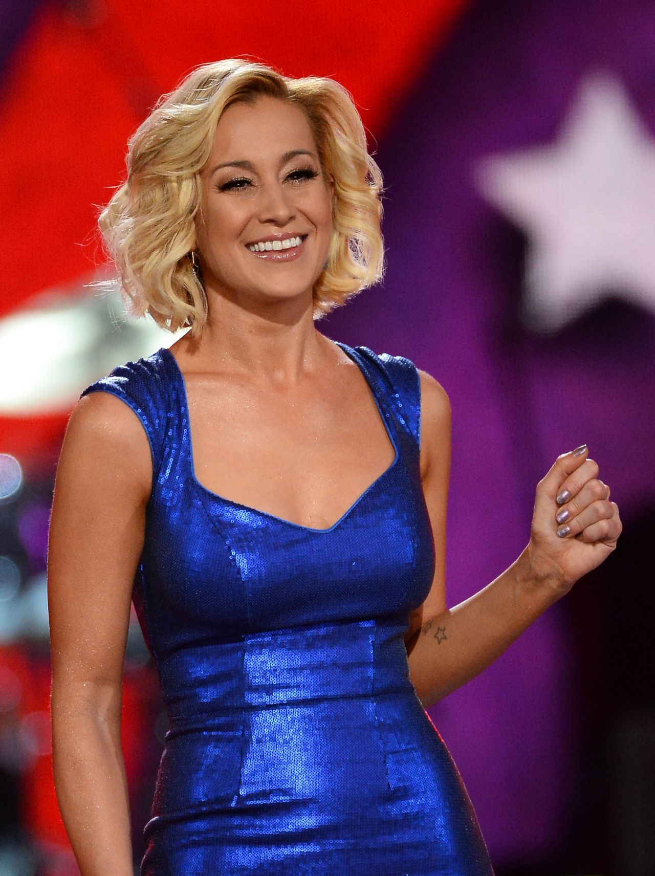 Kellie Pickler Performs At Acm Presents An All Star