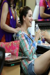Kelly Brook at a Salon in Beverly Hills - April 2014