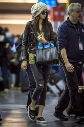 Kendall Jenner - Arrives in New York City - April 2014