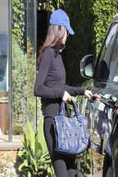 Kendall Jenner Street Style - Leaving Andy LeCompte Salon in Los Angeles