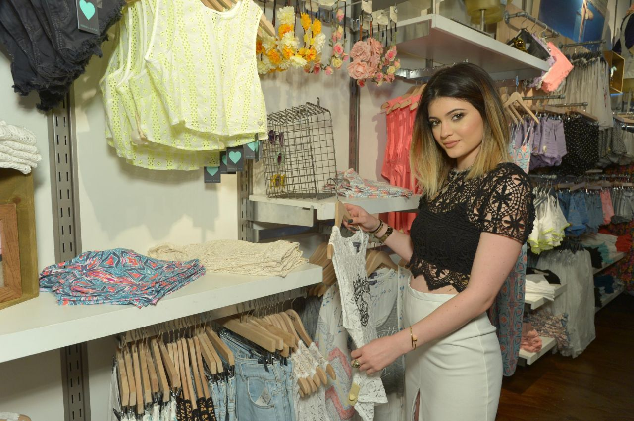 Kendall And Kylie Jenner Clothing Line 2014
