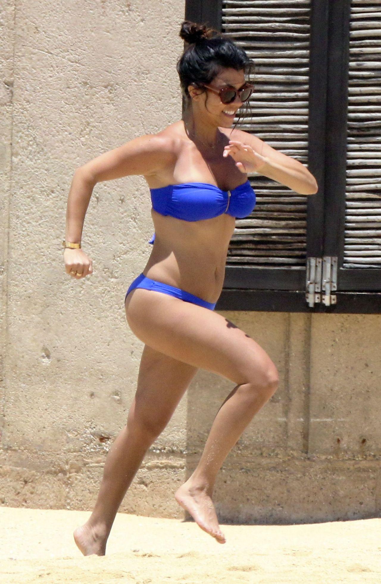 Kourtney Kardashian Bikini Candids Mexico April 2014