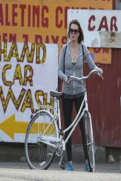 Margot Robbie in Tights - Enjoying a Bike Ride Round London - April 2014