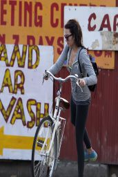 Margot Robbie in Tights - Enjoying a Bike Ride Round London - April 2014