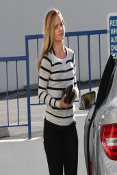 Mena Suvari - Going to City National Bank in West Hollywood - April 2014