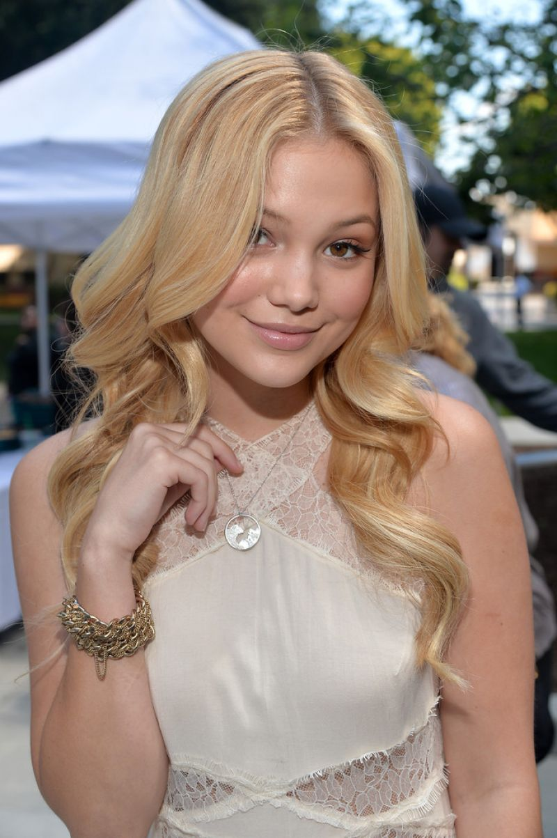 Olivia Holt Disneynature Quot Bears Quot Special Screening In