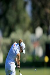 Paula Creamer - Practicing Prior to 2014 Kraft Nabisco Championship in Rancho Mirage - March 2014