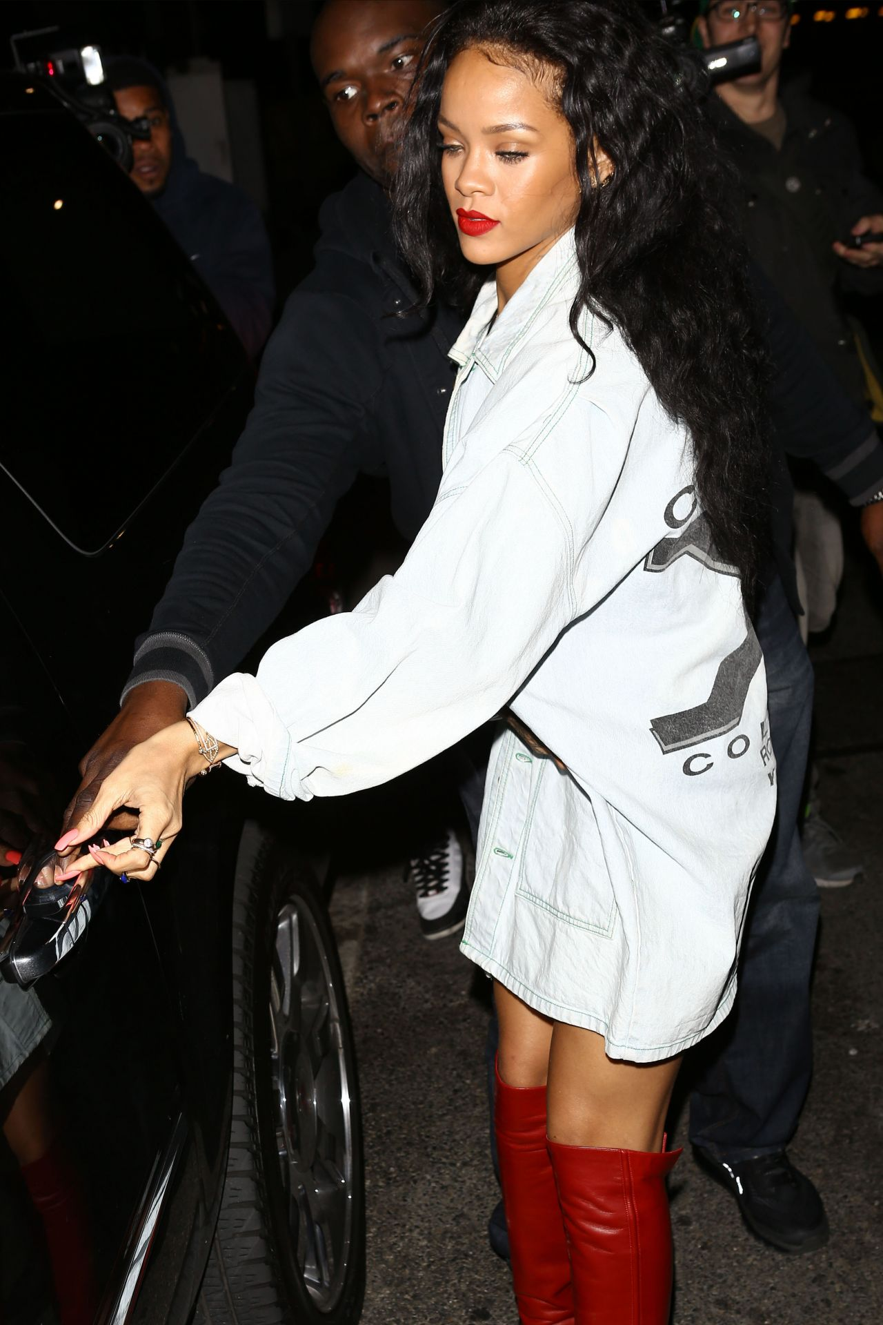 de03f5307ee Rihanna Night Out Style - Arrives at Giorgio Baldi Restaurant in Santa  Monica - April 2014