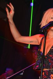 Rita Ora - Private Showcase at The Box in New York City - April 2014