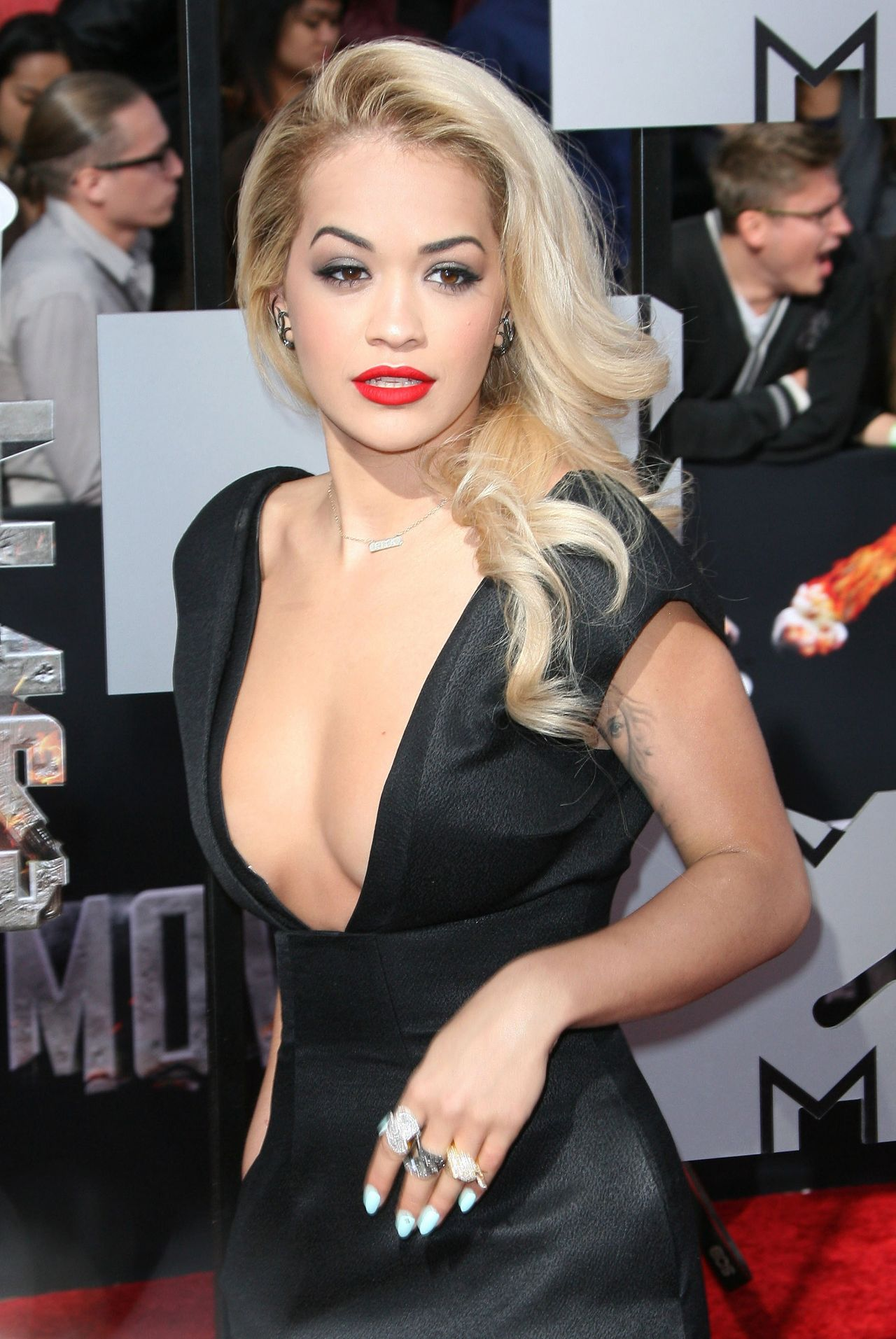 Rita Ora Wearing Barbara Casasola Black Dress - 2014 MTV Movie Awards in Los Angeles