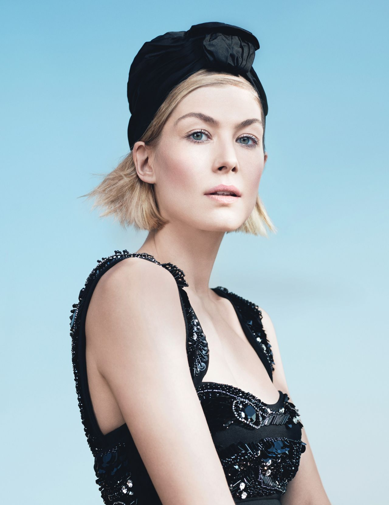 Rosamund Pike     W Magazine May 2014 Issue PhotoshootRosamund Pike 2014