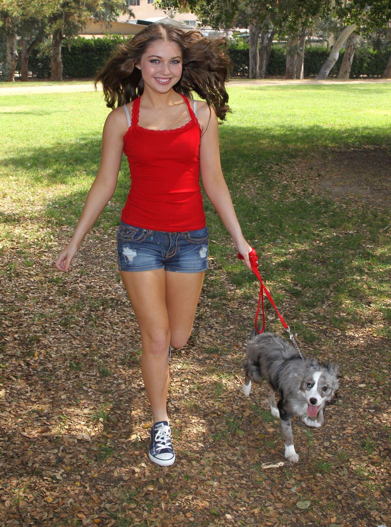 Sammi Hanratty Leggy Photos - in Park in North Hollywood