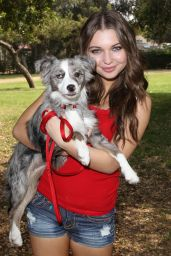Sammi Hanratty Leggy Photos - in Park in North Hollywood