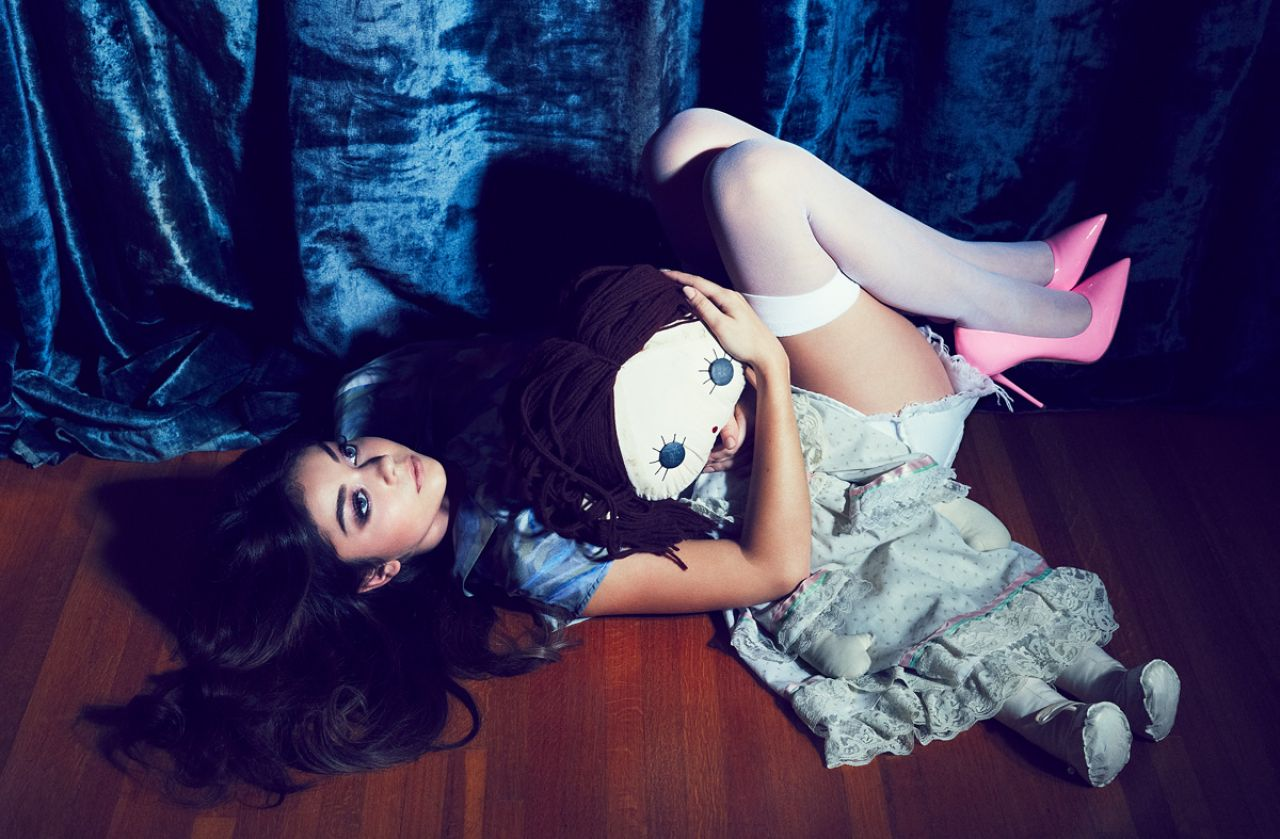 Sarah Jane Hyland born November 24 1990 is an American actress Born in Manhattan she attended the Professional Performing Arts School followed by small roles in the films Private Parts 1997 Annie 1999 and Blind Date 2007