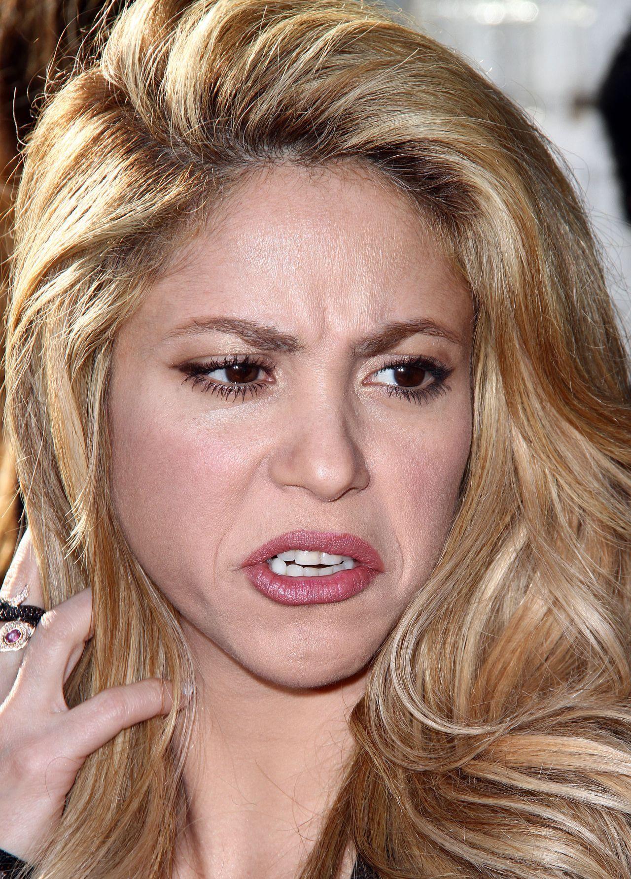 Shakira The Voice Red Carpet Event April 2014
