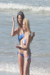 Tara Reid Bikini Candids - on the Beach With Friends - April 2014