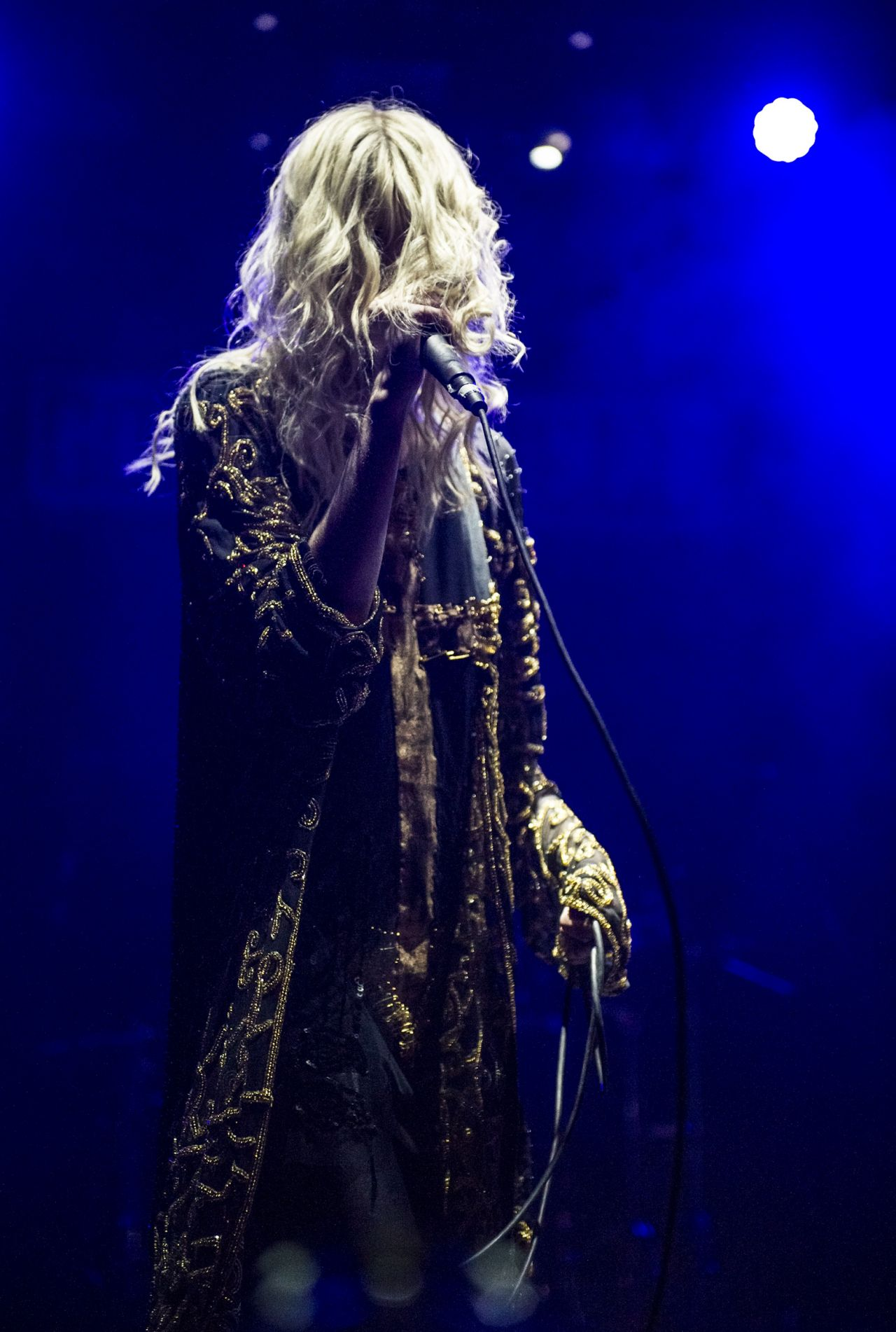 TAYLOR MOMSEN Performs at Rock on the Range 2014 in Ohio ... |Taylor Momsen 2014