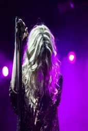 Taylor Momsen Performimg at The Limelight in Milan (Italy) - March 2014