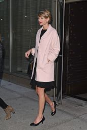 Taylor Swift & Sarah Hyland in New york City - Leaving KOI Restaurant