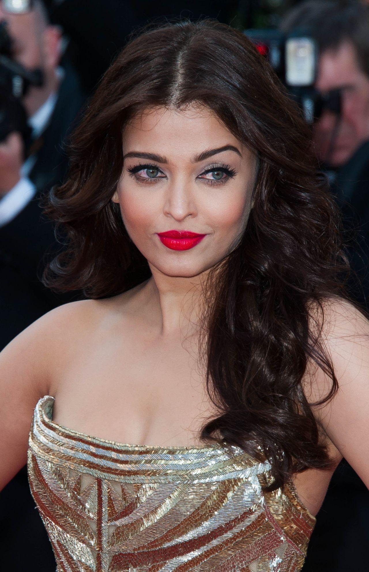 Cannes 2014: Aishwarya Rai Bachchan at Deux Jours Une Nuit ... |Aishwarya Rai 2014 March