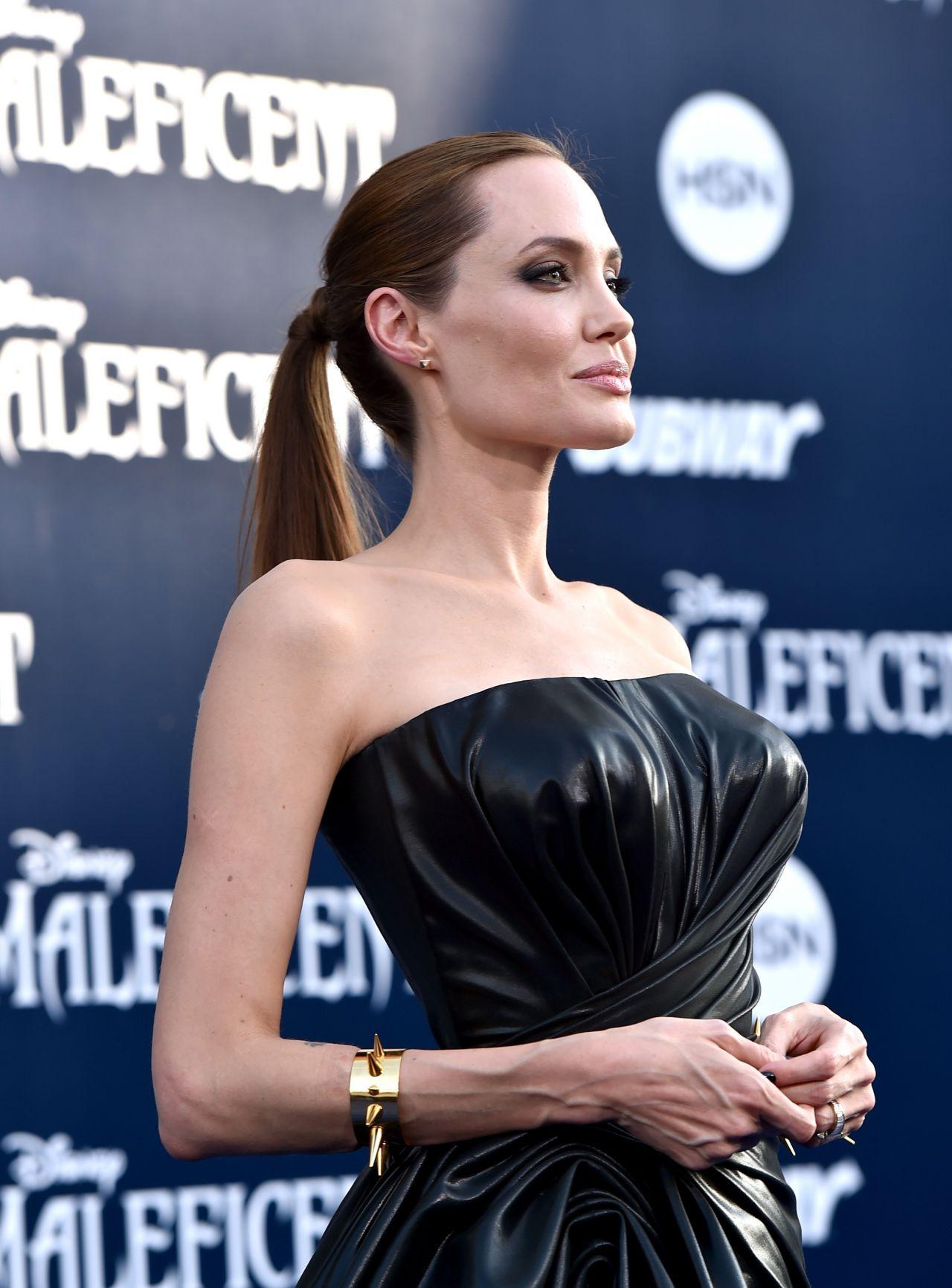 Angelina Jolie Latest Photos Page 13 Of 15 Celebmafia