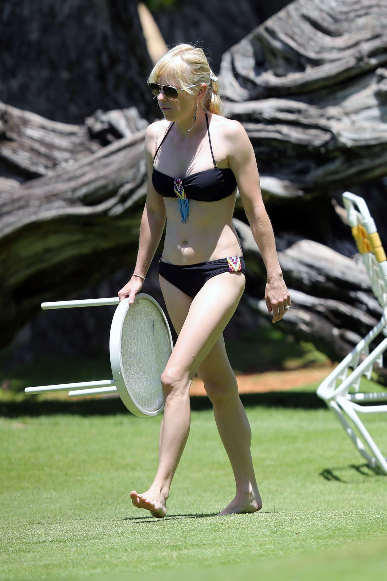 Anna Faris in a Bikini - Hawaii, May 2014