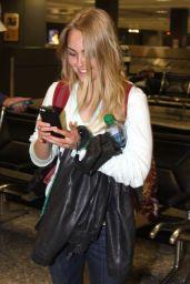 AnnaSophia Robb at Washington Dulles Airport - May 2014