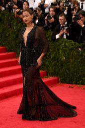 Beyonce Knowles Wearing Givenchy Couture – 2014 Met Costume Institute Gala