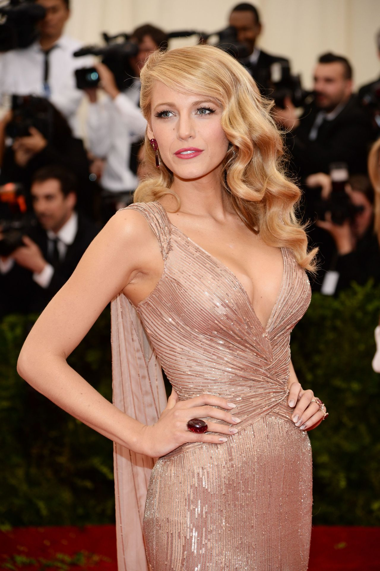 Blake Lively Wearing Gucci Gown 2014 Met Costume